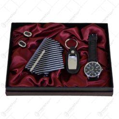 Set cadou cu 4 accesorii pentru barbati