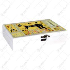 Cutie din lemn cu grafica pentru obiecte de cusut cu 6 compartimente si 2 buzunare