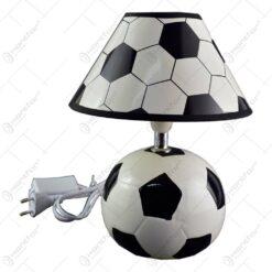 Veioza pentru copii in forma de minge de fotbal