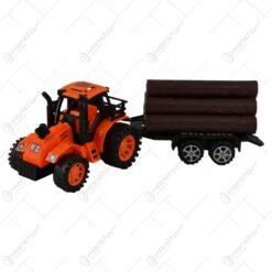 Jucarie realizata din plastic - Tractor cu remorca (Model 1)