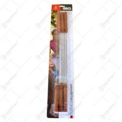 Set tepuse pentru gratar cu maner din lemn. realizat din metal inoxidabil