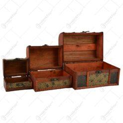 Set 3 cutii realizate din lemn. metal si piele ecologica in forma de cufere - Design Vintage