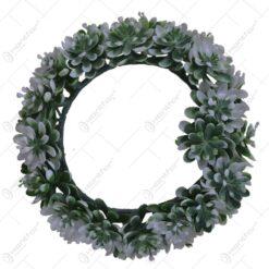Coroana artificiala realizata din flori de matase - Verde si alb