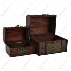 Set doua cutii realizate din lemn si metal tip cufar pentru depozitare