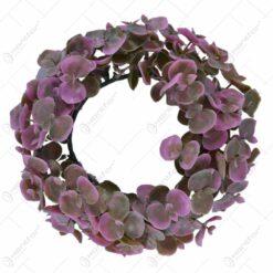 Coroana artificiala realizata din flori de matase - Eucalipt