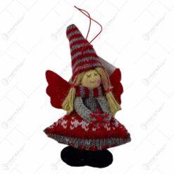 Figurina decorativa de agatat realizata din material textil si lemn pentru bradul de Craciun - Ingeras - Diverse modele
