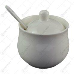 Recipient realizat din portelan cu capac si lingurita pentru condimente - Alb