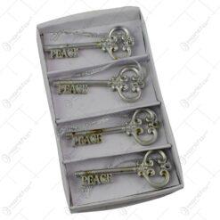 """Set 4 chei decorative pentru agatat - Design """"Peace"""""""