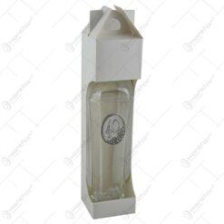 Sticla inalta. eleganta. in forma de hexagon cu gatul ingust si dop din sticla. cu decor embosat - 40
