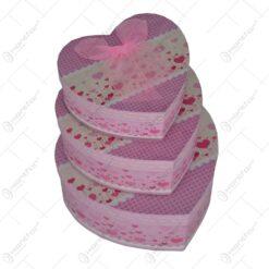 Set 3 cutii pentru cadou in forma de inima - 2 modele