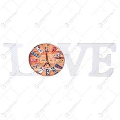 Ceas de perete relizat din material plastic - Design Love & Paris/London - Diferite modele
