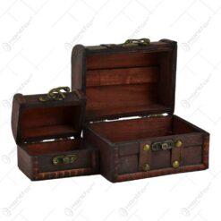 Set 2 cutii realizate din lemn. metal si piele ecologica in forma de cufere - Design Vintage
