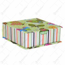 Bloc notes in cutie decorativa realizata din carton - Design Fluturi