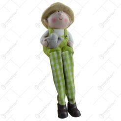 Figurina realizata din ceramica cu picior din material textil in forma de copil - Design gradinar - 2 modele Baiat/Fata