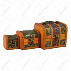 Set 3 cutii realizate din lemn. metal si material textil in forma de cufere - Design Vintage (Tip 1)