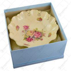 Fructiera realizata din portelan in cutie cadou - Design floral