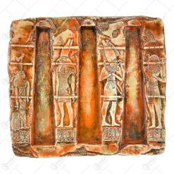 Tablou realizat din ceramica decorat cu motive egiptene in relief
