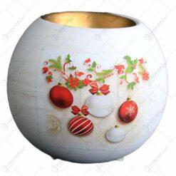 Suport in forma de glob pentru lumanare realizat din ceramica - Design cu glob si ghirlanda