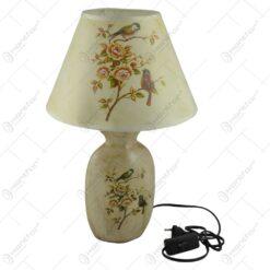 Veioza realizata din ceramica si material textil - Design cu flori si pasari