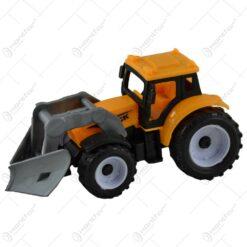 Jucarie realizata din plastic - Tractor cu incarcator frontal (Model 1)