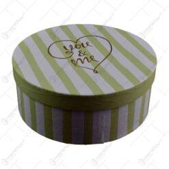 """Set 3 cutii rotunde pentru cadouri - Design cu dungi si inscriptia """"You&me"""" (Model 1)"""