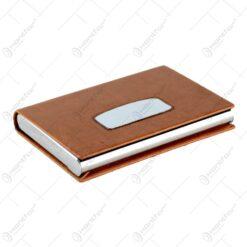 Suport carti de vizita realizat din piele artificiala si material inoxidabil - Diferite culori (Tip 3)