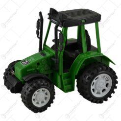 Jucarie realizata din plastic - Tractor (Model 3)