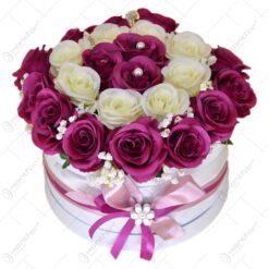 Cutie decorativa cu buchet de trandafiri artificiali - Mare