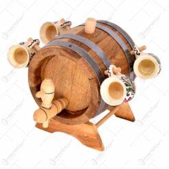 Butoi cu dop. agatatoare. robinet si suport din lemn cu canite ceramice - 4 canite in forme de butoi