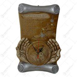 Placheta din ipsos cu ceas avand inscriptionat Binecuvantarea Casei