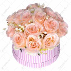 Cutie decorativa cu buchet de trandafiri artificiali - Mic (Model 1)
