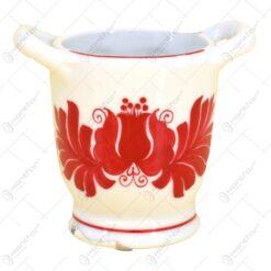 Carafe pentru decor realizate manual din ceramica si pictate cu motive traditionale - Diferite modele