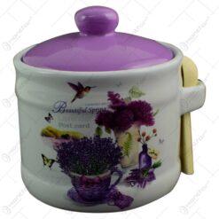 Recipient realizat din ceramica cu capac si lingurita pentru condimente - Design Lavanda Jardin
