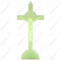 Crucifix realizat din material plastic fosforescent (16 cm)