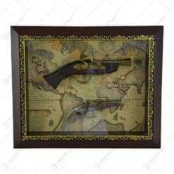 Tablou decorativ cu doua arme realizate din lemn si metal - Design Vintage (Tip 2)