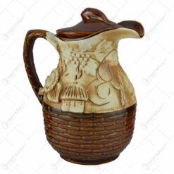 Carafa (canceu) realizata din ceramica - Design Strugure