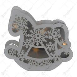 Decoratiune sezonirea cu LED realizata din lemn si material plastic - Design Calut tip balansoar / Fulg de nea - 2 modele