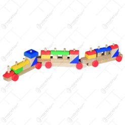 Trenulet din cuburi colorate cu 2 vagoane