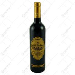 """Vin rosu 0.75l cu eticheta din pluta - Design """"A legjobb fonoknek""""- Gravata cu laser"""