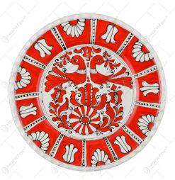 Farfurie decor ceramica cu margine ondulata. pictat cu motive populare