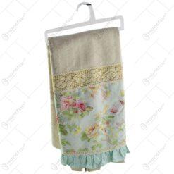 Perdea realizata din bumbac si material textil - Design floral