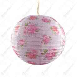 Lampion realizat din hartie in forma de glob - Roz cu trandafiri (30cm)