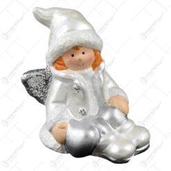 Figurina realizata din ceramica - Design copil cu aripioare (Model 1)