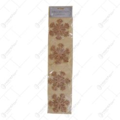 Decoratiune de culoare maro pentru brad realizat din plastic