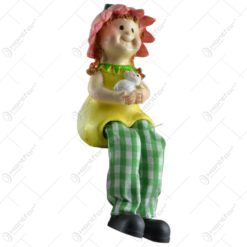 Pereche de figurine decorative realizate din ceramica si picior din material textil