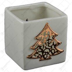 Candela realizata din ceramica - Design brad (Diverse culori)