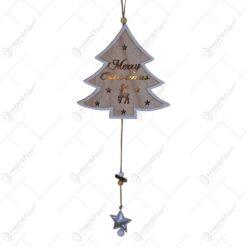 """Decor usa/fereastra cu led realizat din lemn in forma de brad - Design cu ren. stelute si inscriptia """"Merry Christmas"""""""