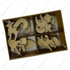 Set 20 de decoratiuni de agatat mixte realizate din lemn pentru bradul de Craciun