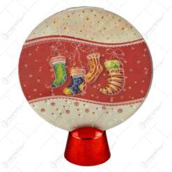 Ornament cu led realizat din plastic in forma rotunda - Desing cu fulgi de nea
