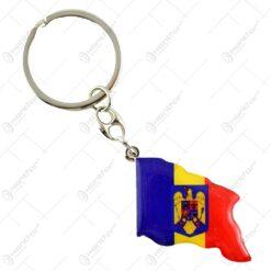 Breloc cheie realizat din inox si material plastic - Drapelul Romaniei